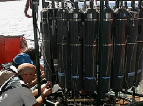 Collection of ocean water samples at sites around the world offer insights into the forces that affect plankton populations.